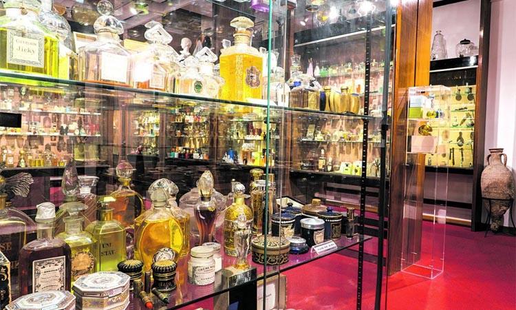 L'olor de Cleòpatra i Maria Antonieta, en un museu