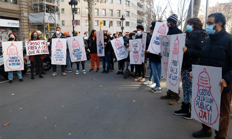 El Raval demana indemnitzacions a Endesa pels talls de llum