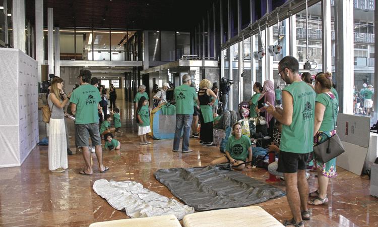 La PAH ocupa l'Ajuntament: vol reallotjaments dignes