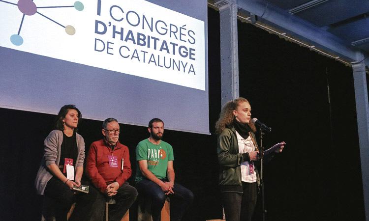 Mig miler de persones participen en el primer Congrés d'Habitatge