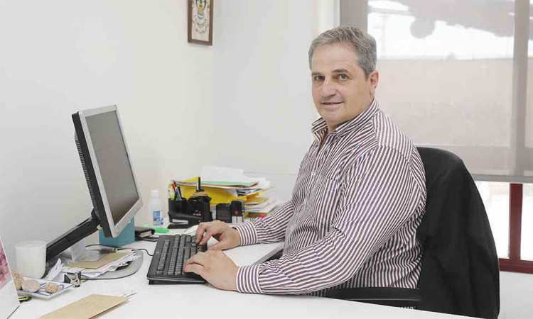 Mor José Vicente Cuxart, exjugador de la UE Cornellà
