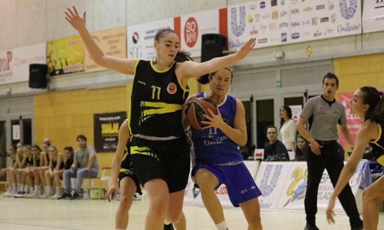 Històric: el Basket Almeda puja a la Lliga Femenina 2