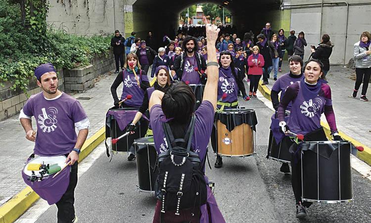 Clam feminista a Cornellà per erradicar el masclisme d'arrel