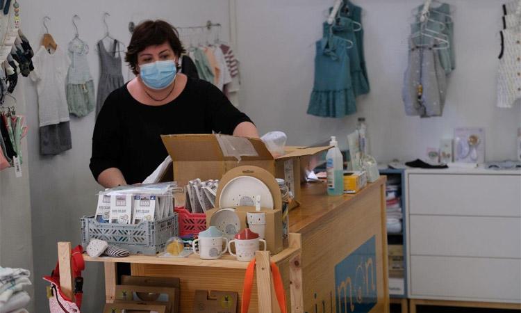 Cornellà ha repartit més de 3.000 targetes per comprar al comerç local