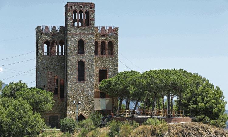 El Castell de Torre Baró: un mirador privilegiat