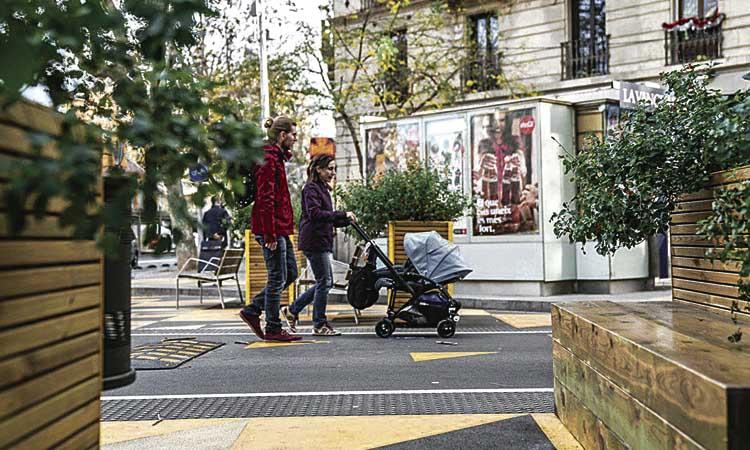 La superilla de Sant Antoni expulsa 6.000 cotxes diaris