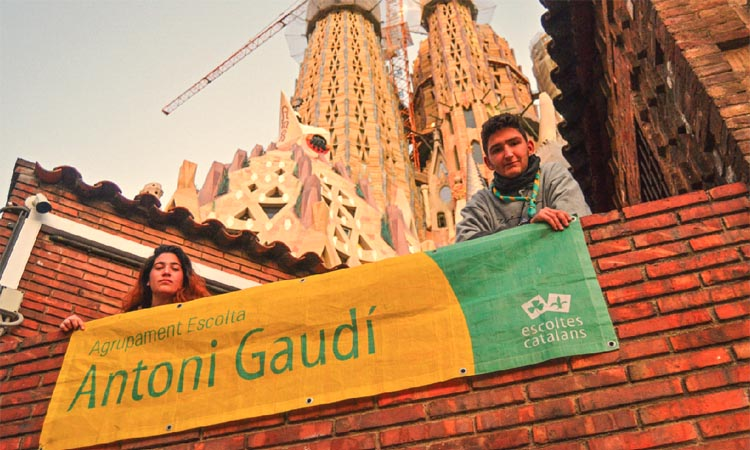 """Els escoltes critiquen l'actitud """"no negociadora"""" de la Sagrada Família"""