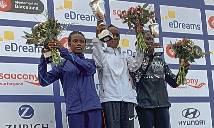 Chumo i Bekere guanyen una Mitja amb rècord d'atletes