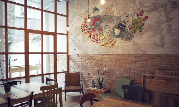 L'hostaleria de Sant Antoni agonitza: caigudes de facturació del 75%