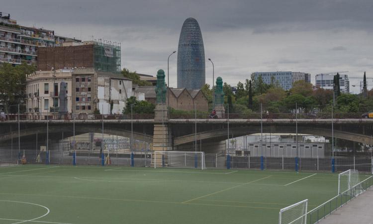 Pas enrere:els equipaments esportius tornen a tancar