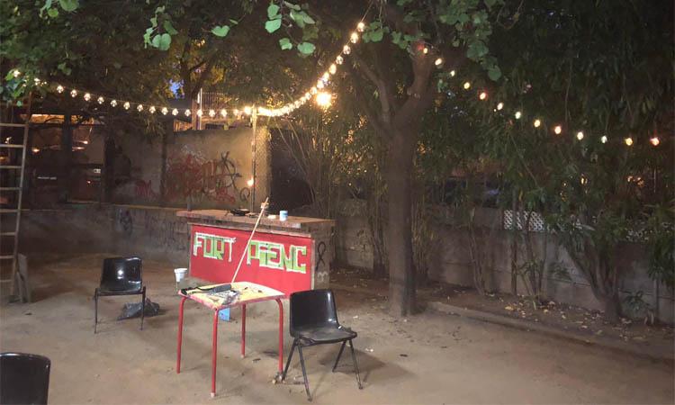 Dosis de cinema, música i poesia al pati de la Casa Groga