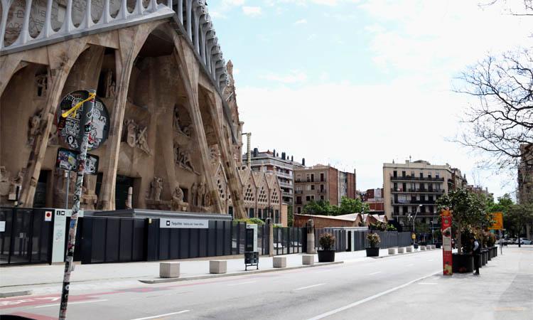 Cau entre un 25% i un 30% la clientela del comerç de Sagrada Família