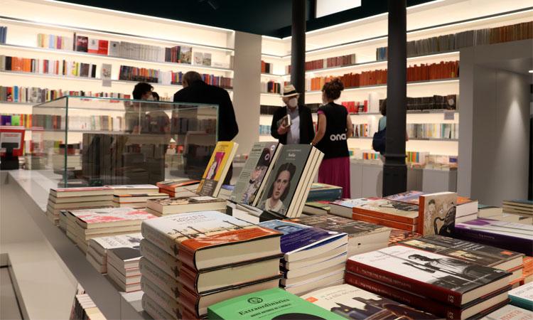 Obre l'Ona: neix a Pau Claris el triangle de les llibreries