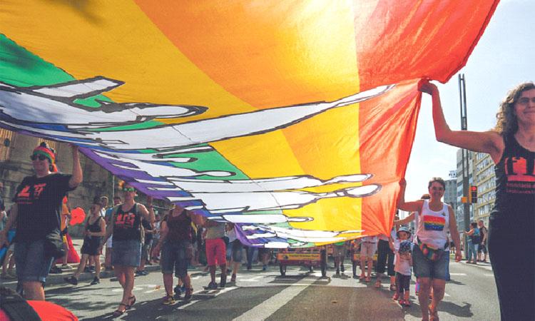 Créixer en un entorn hostil: la realitat dels menors LGTBI