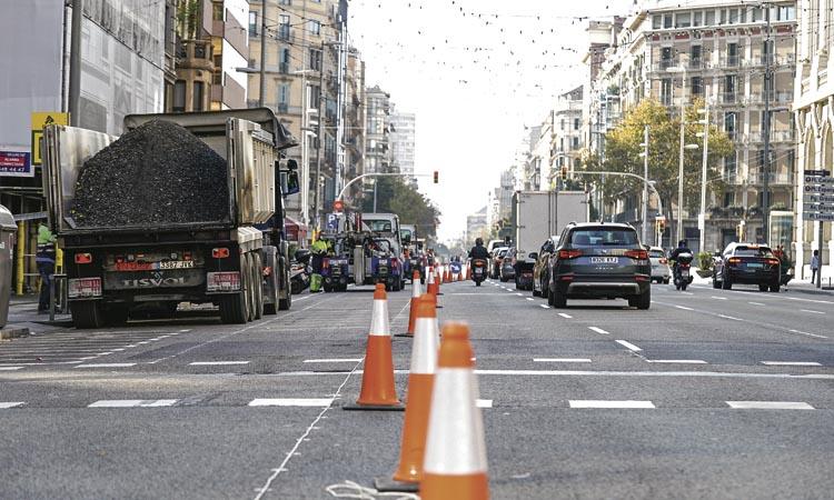 En marxa les obres del carril bici al carrer Aragó