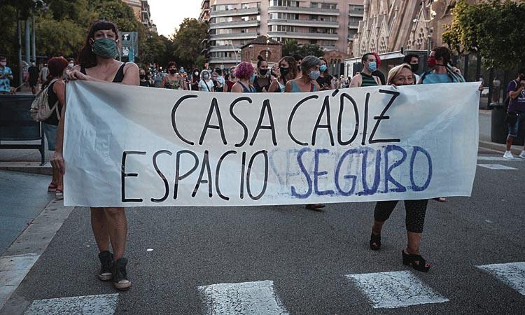 Volen fer fora els presumptes agressors de la Casa Cádiz