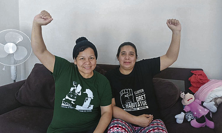Nou intent per desallotjar una família del bloc de La Bastida