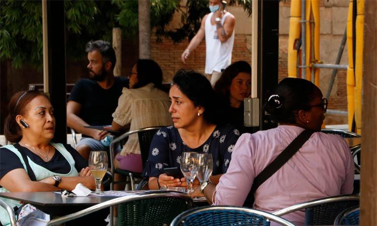 L'aforament dels bars i restaurants i les terrasses, limitat de nou al 50%
