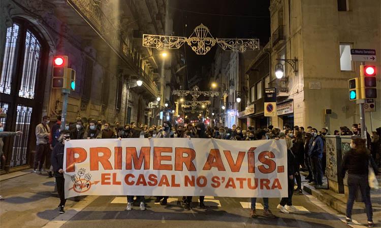 El Casal Popular Tres Lliris es mobilitza contra l'ordre de tancament