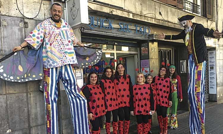 El Cor d'Horta ja ho té tot a punt per a la rua de Carnaval
