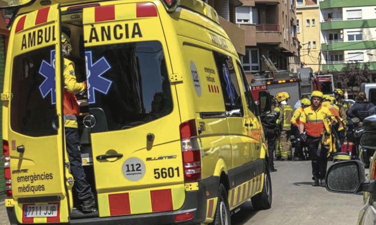 Un home de 79 anys mor atropellat per una moto