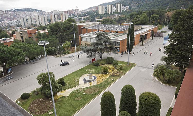 Famílies de Montbau pateixen la manca de places de 1r d'ESO
