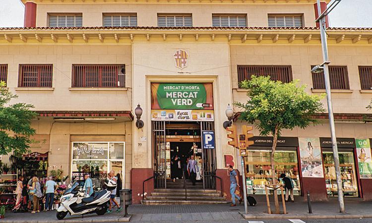 El Mercat d'Horta s'apunta a la moda del vermut
