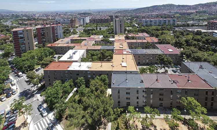 El barri de Montbau celebra 60 anys però els actes hauran d'esperar