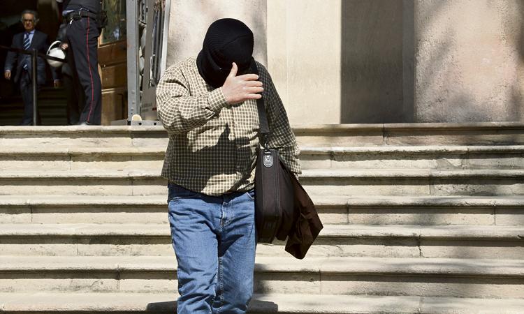Una víctima de Benítez carrega contra els Maristes pels abusos