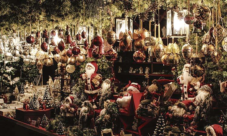 Les Corts s'omple aquests dies de Fires de Nadal
