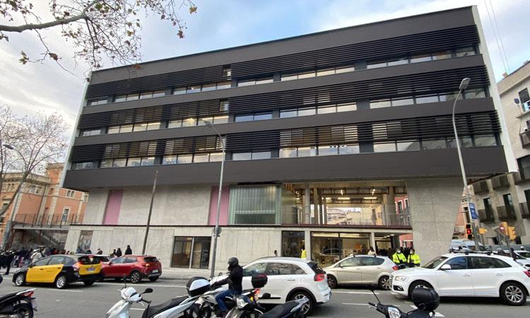 L'Escola Anglesola estrena l'edifici del carrer Numància