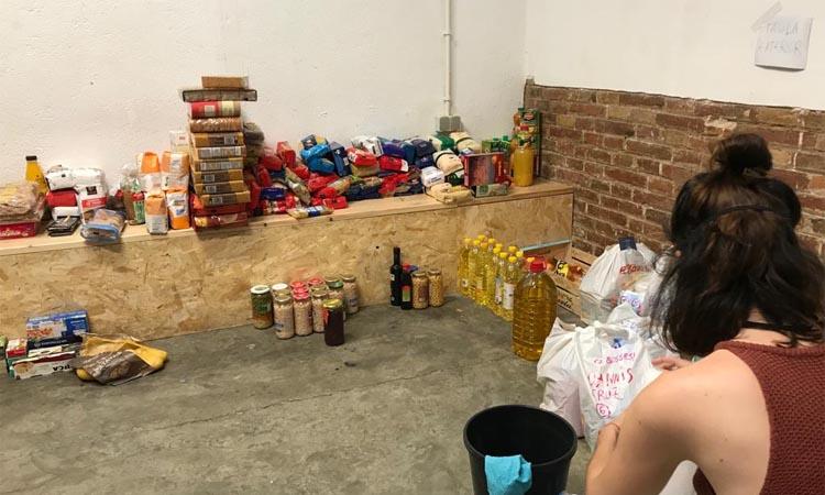 La Xarxa de Suport Mutu ha donat aliments a 70 famílies