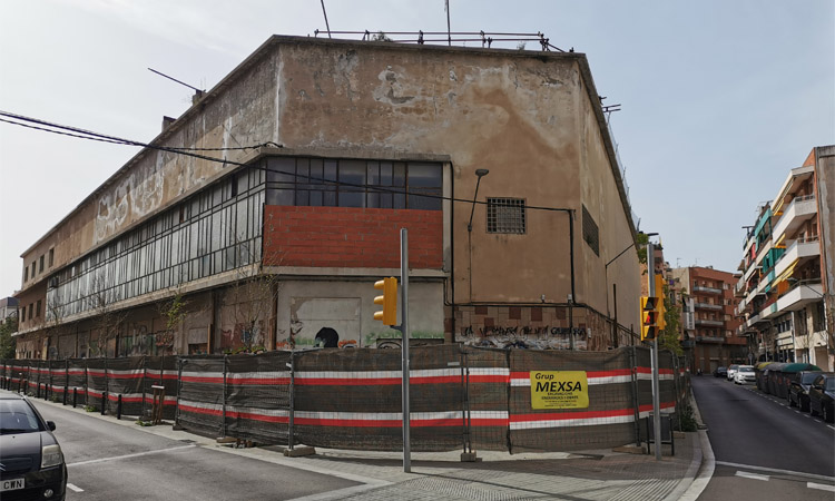 Comencen les obres per enderrocar l'edifici de l'Òpera de l'Hospitalet