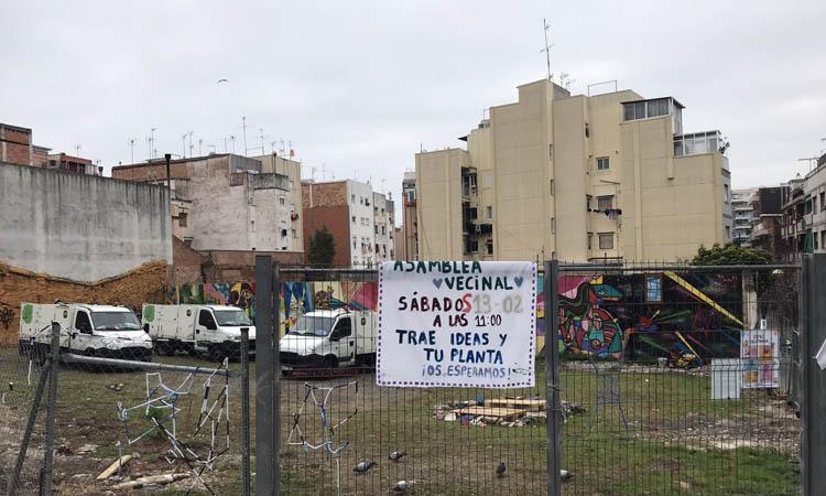Reclamen l'obertura al barri del solar del carrer Vallparda