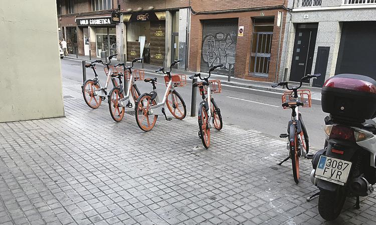 Mobike obligarà els usuaris a aparcar bé les bicicletes