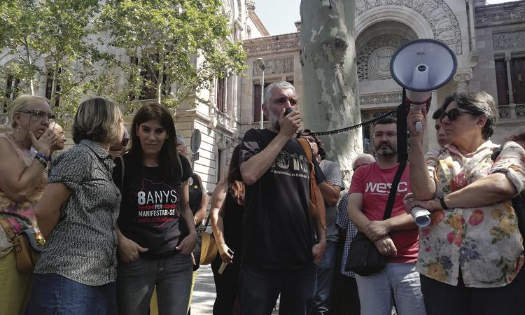 Condemnes de 12 mesos i un any i mig als encausats Laia i Lluís