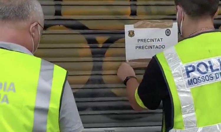 Tres detinguts per vendre droga a menors a l