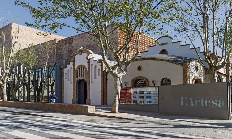 Obre al Prat el nou Teatre L'Artesà totalment remodelat