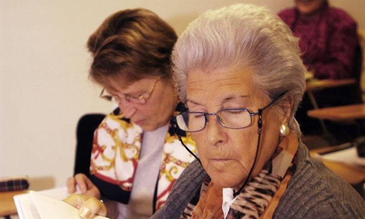 Castelldefels vol evitar que hi hagi persones grans soles aquestes festes
