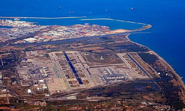Aena endarrereix tres anys l'ampliació de l'Aeroport del Prat