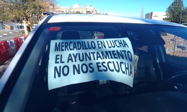 Els venedors ambulants de Castelldefels protesten per les taxes