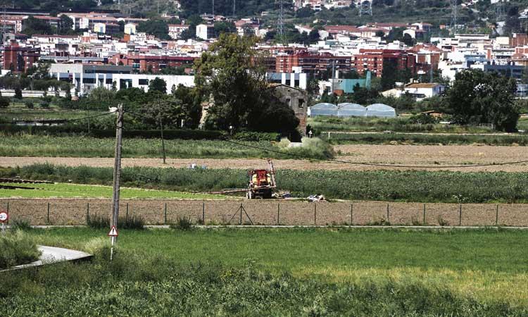 Prohibeixen els abocaments de terres i runa al Parc Agrari
