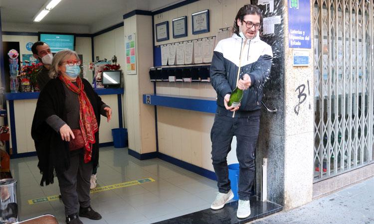 La Rifa del Nen deixa part del primer premi a Castelldefels
