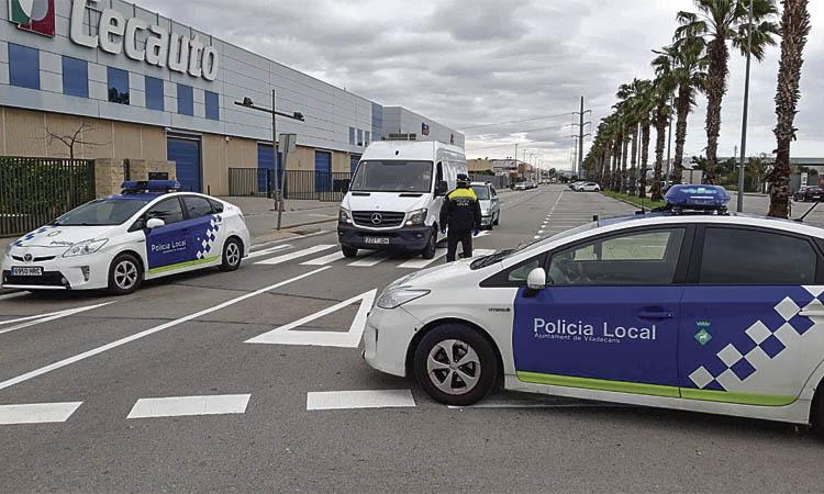 Persecució i trets a l'aire al centre de Viladecans