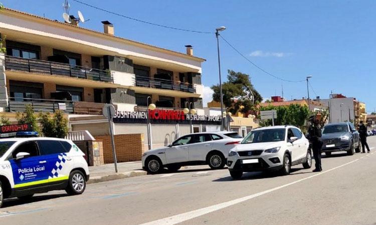 Castelldefels supera el miler de multes per incomplir el confinament