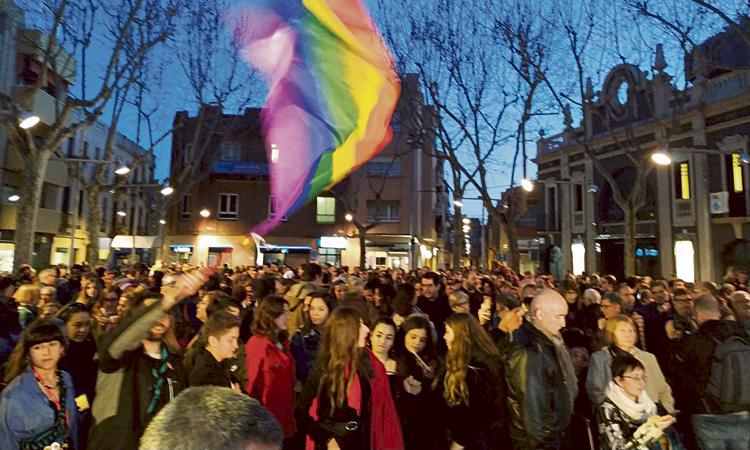El Prat condemna l'agressió homòfoba de Carnaval