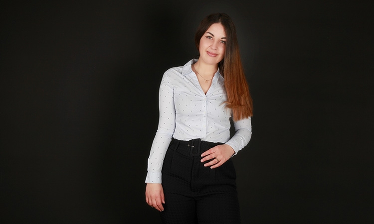 """Nadia Calbó: """"Expat Market ofereix l'oportunitat de consumir productes de casa a l'estranger"""""""
