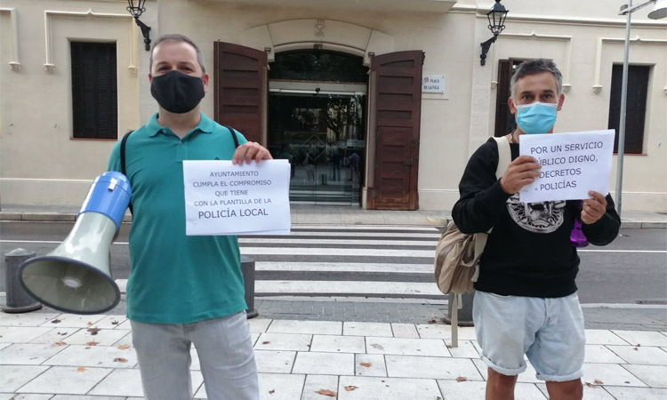 Denuncien l'Ajuntament del Prat a Inspecció de Treball per les hores extres de la Policia