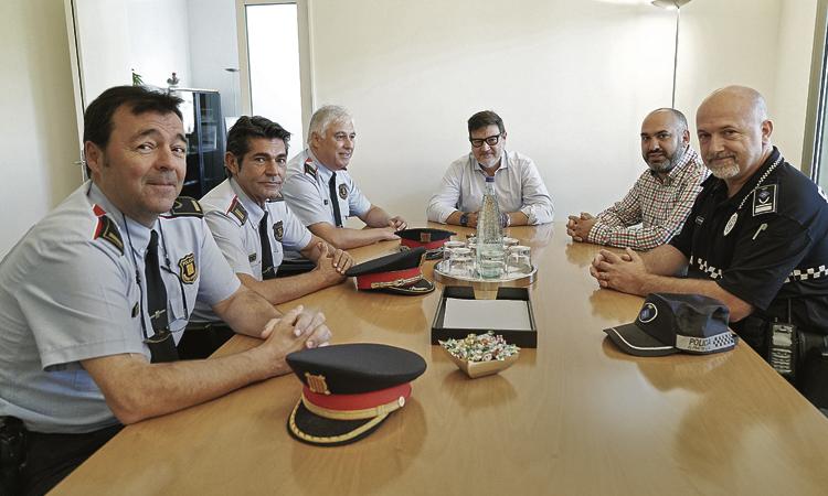 L'alcalde Mijoler reclama més Mossos d'Esquadra al Prat