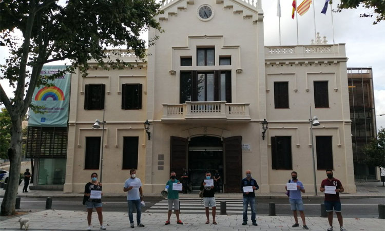 Un principi d'acord atura les protestes de la Policia Local del Prat